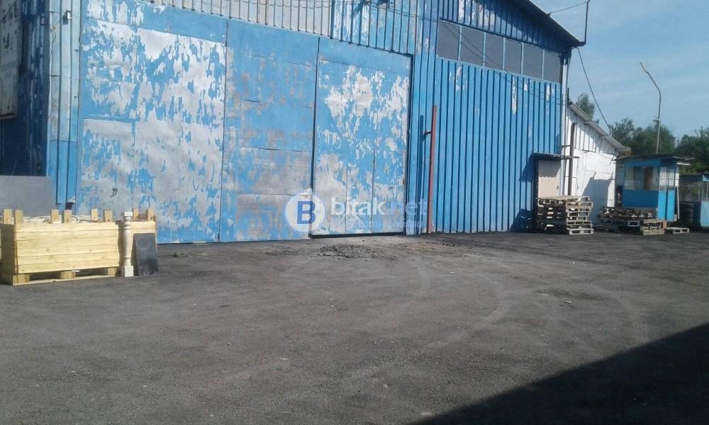 Дава под наем склад хале метална конструкция ламарина на бул Ломско шосе 246г
