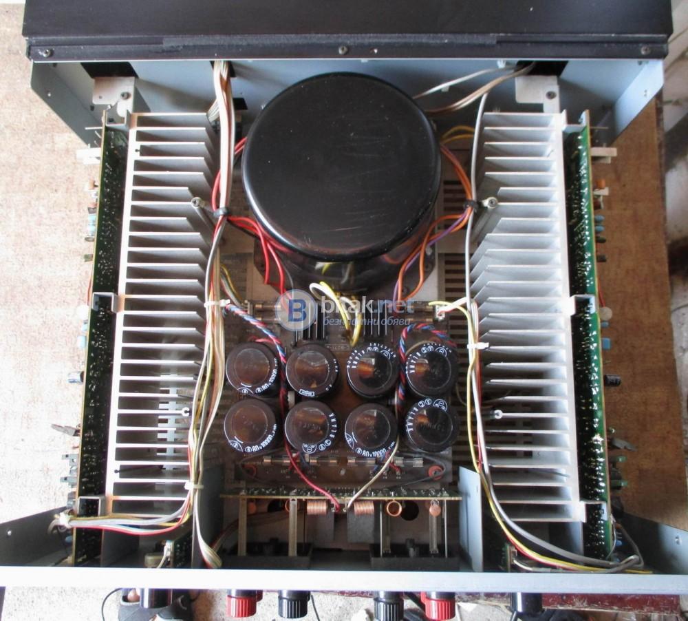 DENON POA 2200 – 17.3 килограмово стъпало от серията Прецизен аудио компонент.