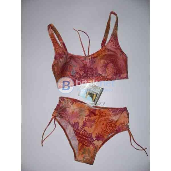 ..M/Л razmer, Дизайнерски бански от две части, оранжев бански,  дунапренови подплънки, марка Amoena