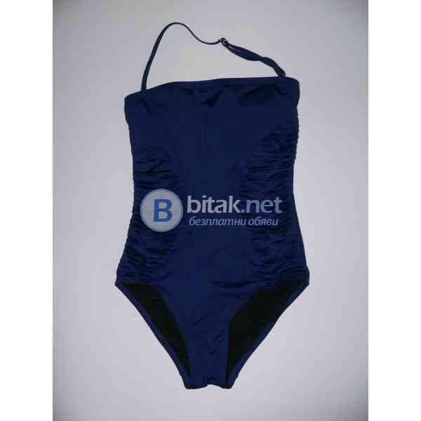 S-8 razmer, Дамски дизайнерски бански в тъмно синьо, тип бандо, с подплата и махащи се подплънки, ма