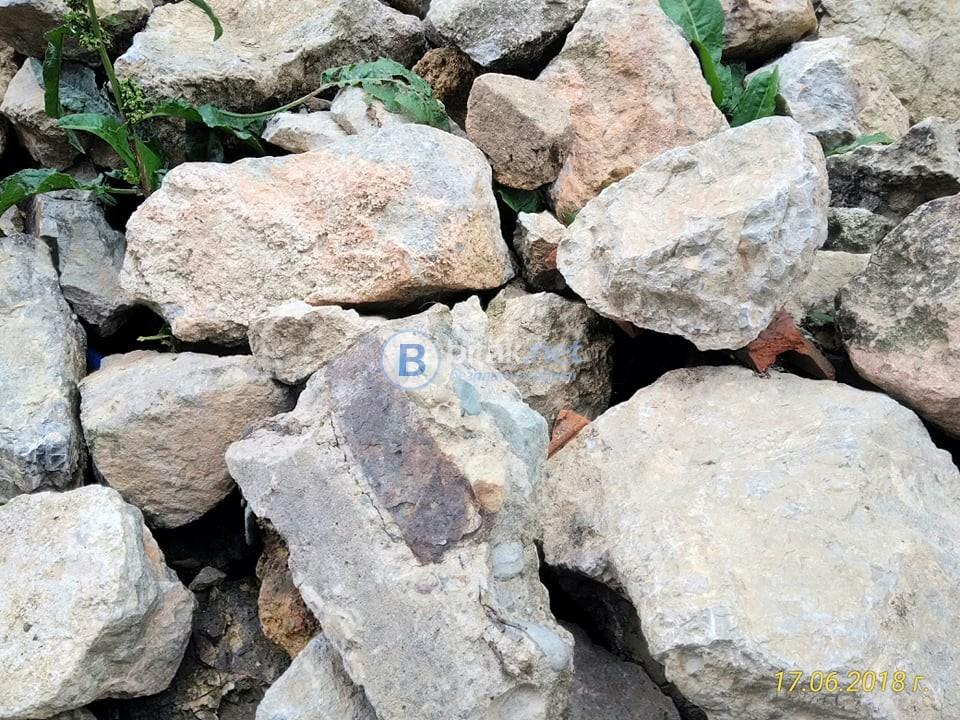 Спешно подарявам камъни!!!