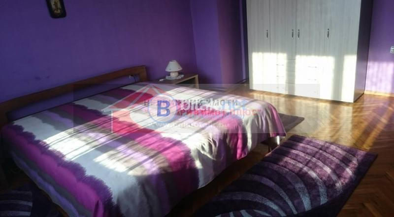 Продава етаж от къща Орландовци обзаведен с нови мебели 105000 евро