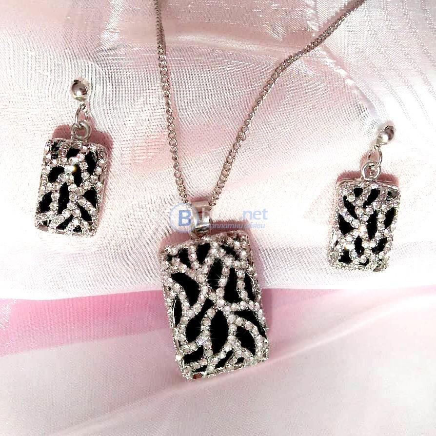 Комплект бижута Бяло и черно - колие и обеци с блестящи камъчета