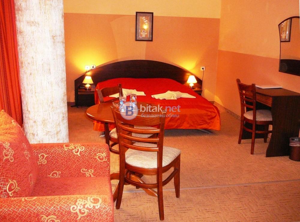 Почивка в Хотел Аквая * * * Велико Търново