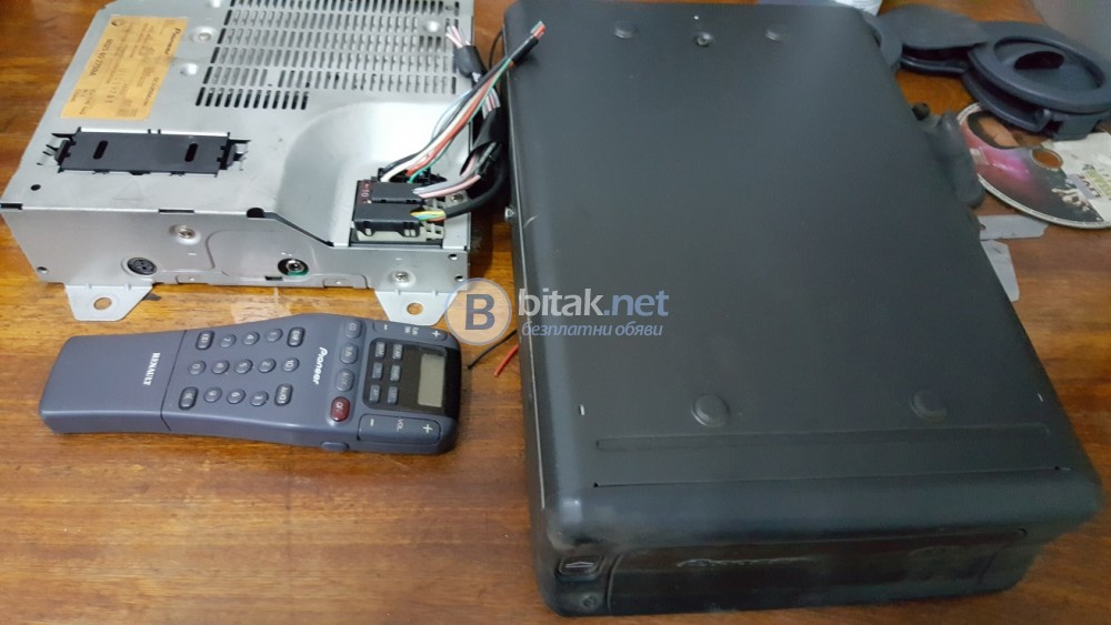 Оригинална аудио система от Renault Espace Pioneer CDX-M2096 ZRN