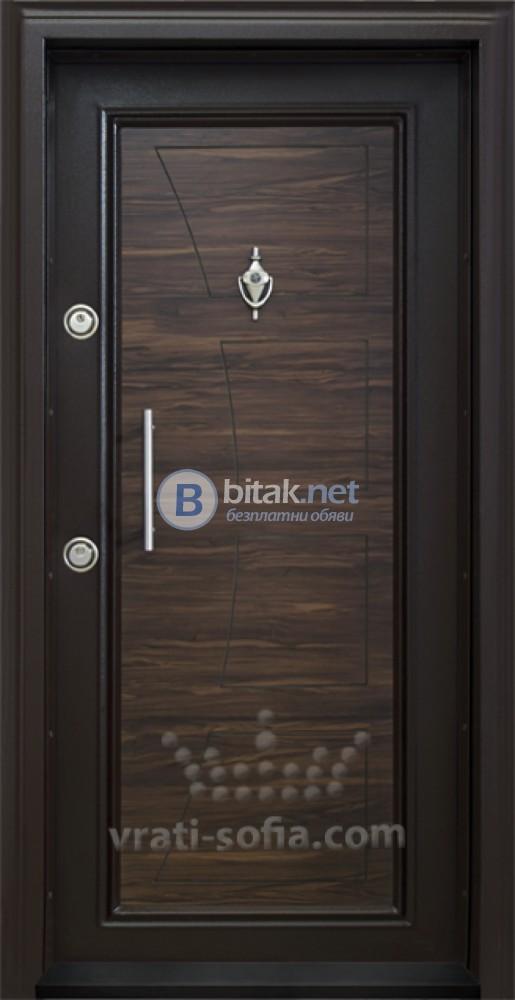Блиндирана входна врата код Т369