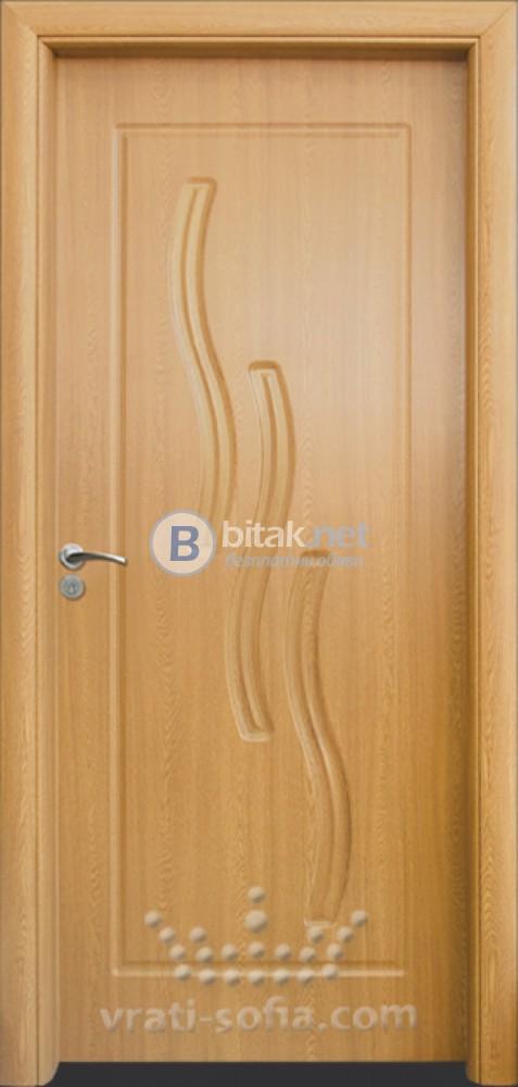 Интериорна HDF врата с код 014-P, цвят Светъл дъб