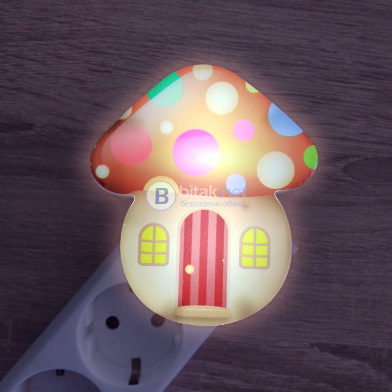 Детска нощна лампа за стена с компче лед лампа за контакт Гъбка 1W