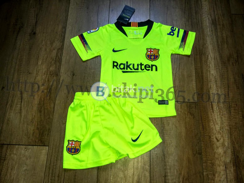Барселона електриков детски футболен екип NIKE нов сезон 2018/2019