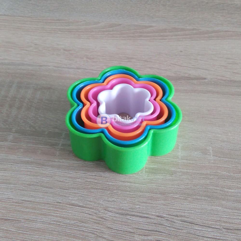 Формички за сладки цвете резци за тесто бисквити курабии 5бр в комплект
