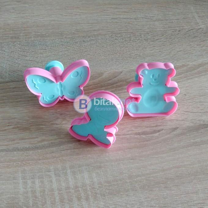 Форми за сладки с бутало и щампа резци за тесто Мече Пеперуда Човече