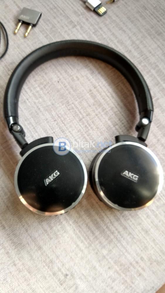 Слушалки-AKG N60 NC