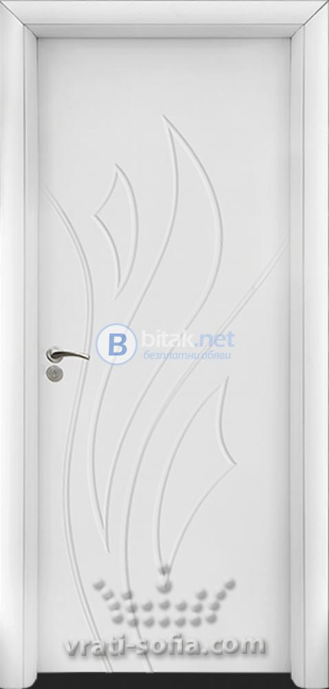 Интериорна HDF врата с код 033-P, цвят Бял
