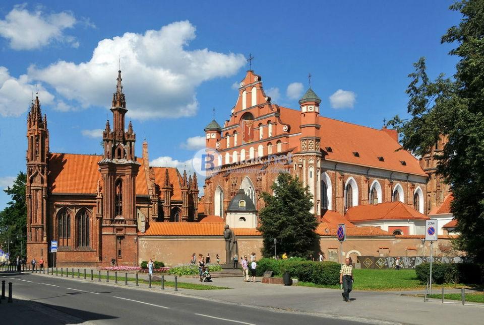 БАЛТИЙСКИ СТОЛИЦИ, Хелзинки и Русия със самолет до и от Варшава