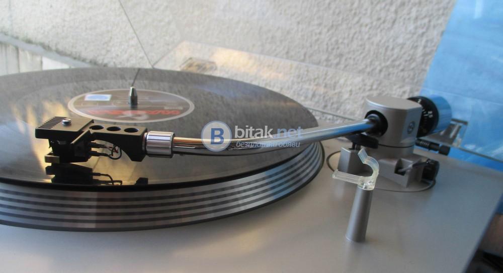 SONY PS-T1 – Хубав и стабилен грамофон директ драйв.