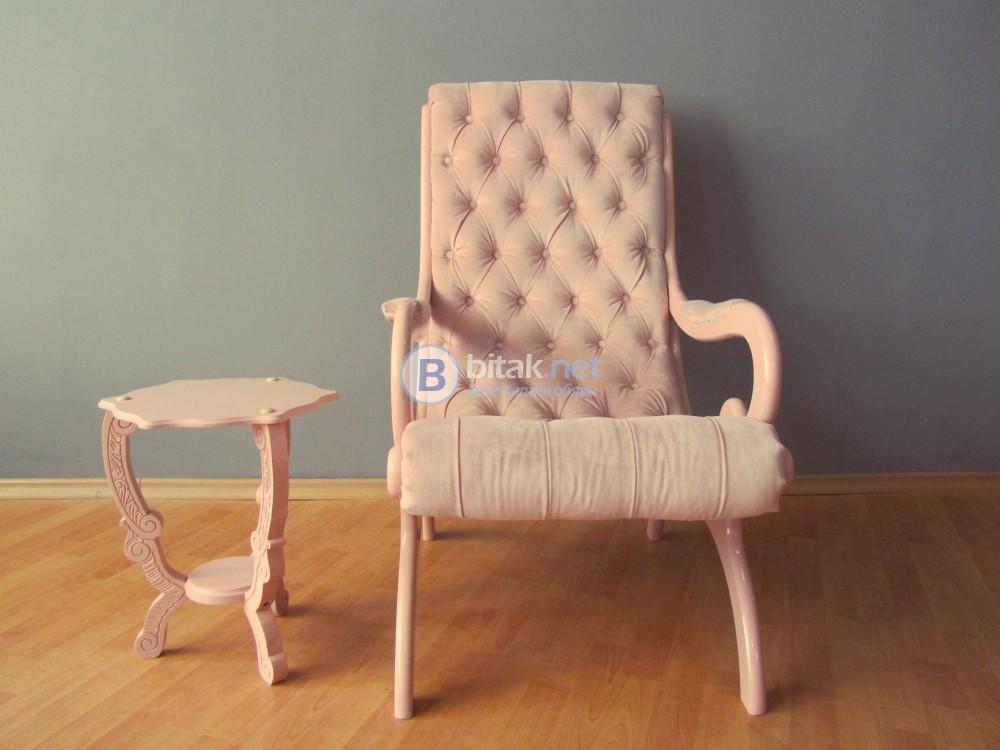 Кресло капитонаж с масичка