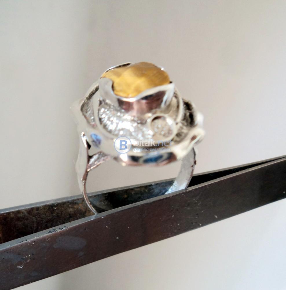 модел 461  Изработен от масивно сребро  Дамски пръстен,
