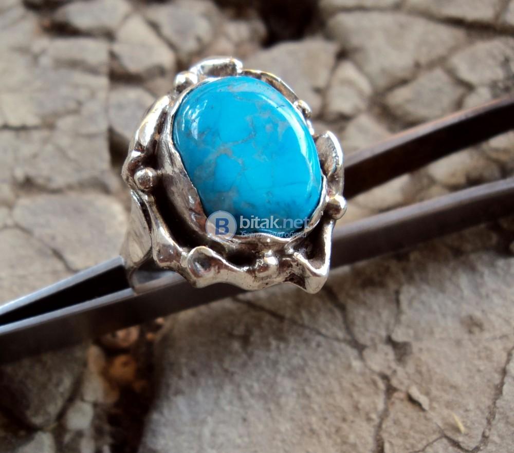 модел 460  Изработен от масивно сребро  Дамски пръстен,с инкрустиран 1 камък тюркоаз