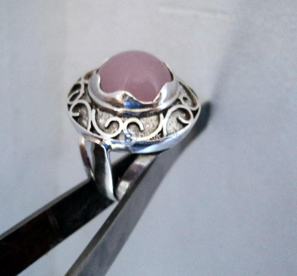 модел 457  Изработен от масивно сребро дамски пръстен