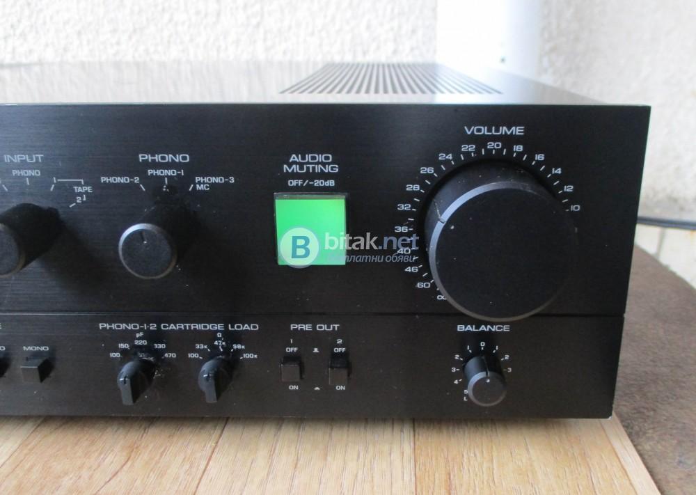YAMAHA C-4 – Аудиофилски предусилвател от висок клас.
