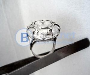 модел 430   Изработен от масивно сребро  Дамски пръстен кръгъл с апликация