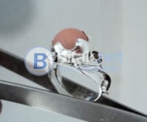 модел 415 Изработен от масивно сребро Дамски пръстен,с апликация