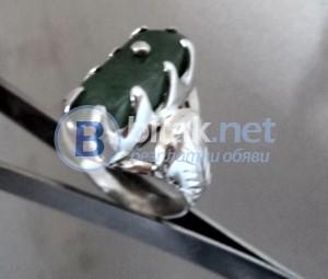 модел 405 Изработен от масивно сребро Дамски пръстен,с инкрустиран 1  камък авантюрин