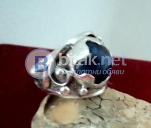 модел 400  Изработени от масивно сребро  Дамски пръстен с лапис лазорит